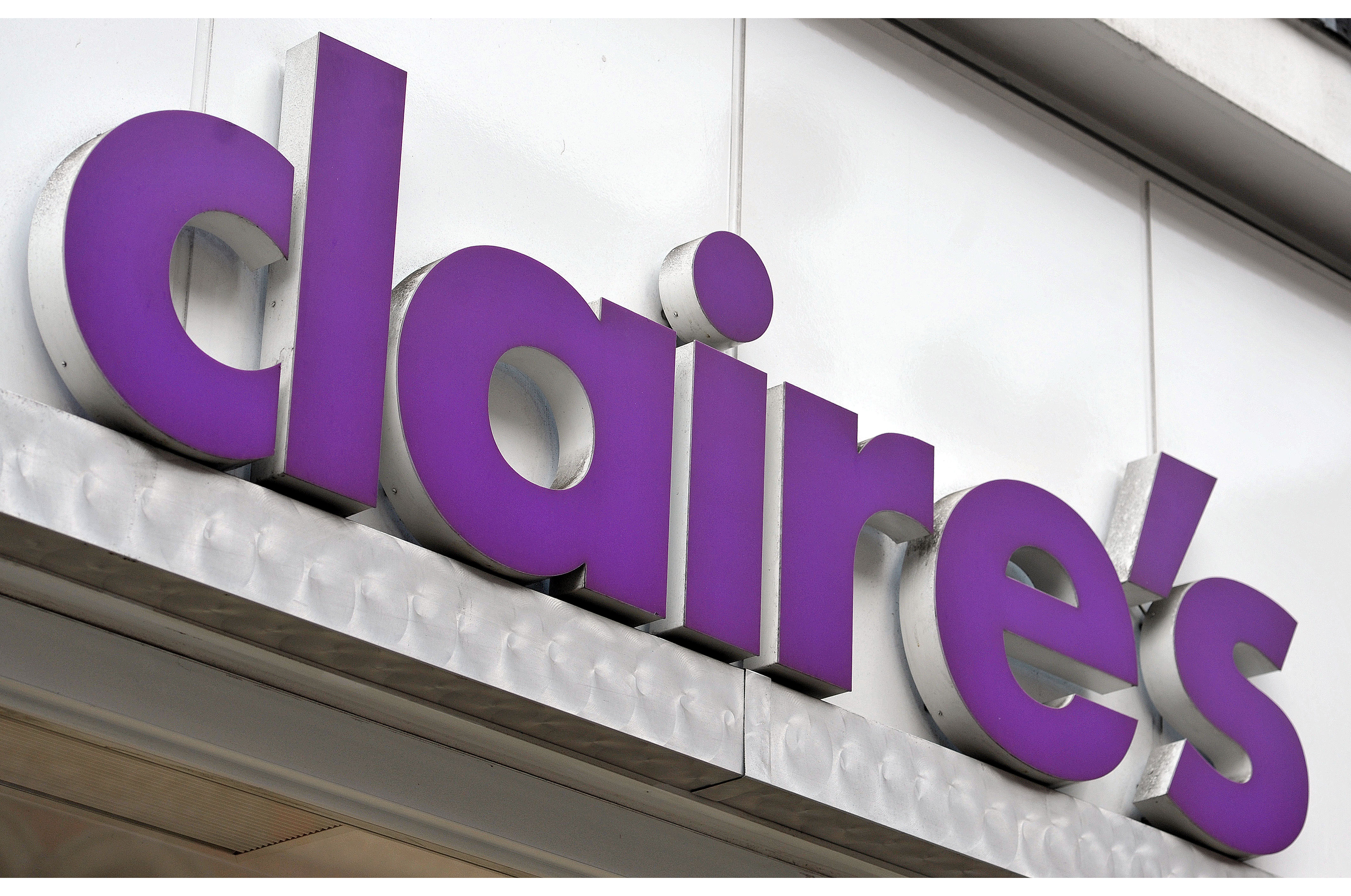 Claire's Stores Expands Partnership with Intalytics to Guide European Expansion