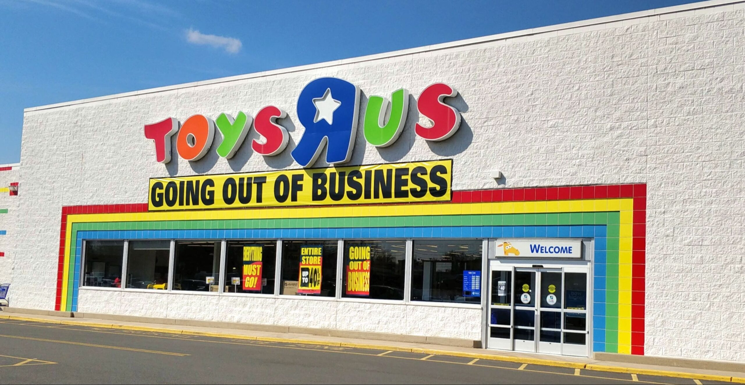 """Intalytics Commentary: Toys """"R"""" Us Shuts Down… Again"""